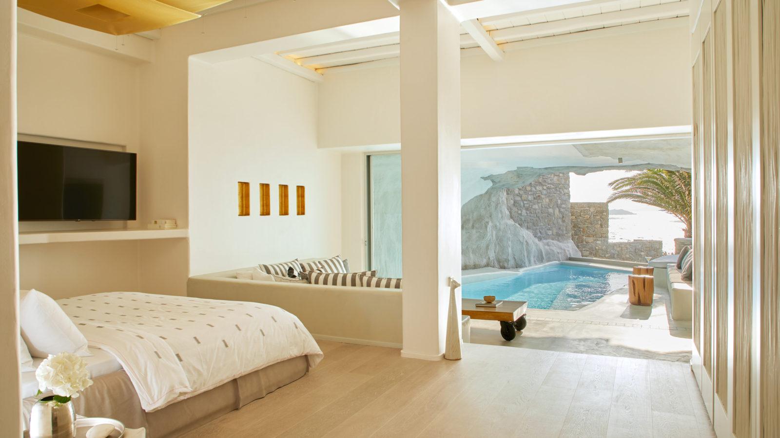 Cave Pool Suite Cavotagoo